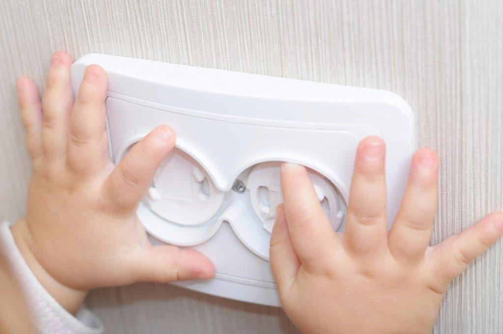 securite-enfant-prises-seloger_0